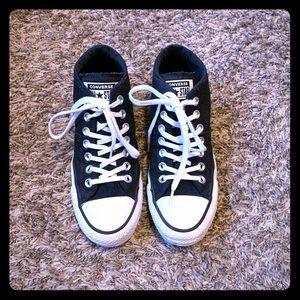 Converse mid black size 7